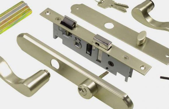 Accessorize Your Doorways With Great Door Hardware