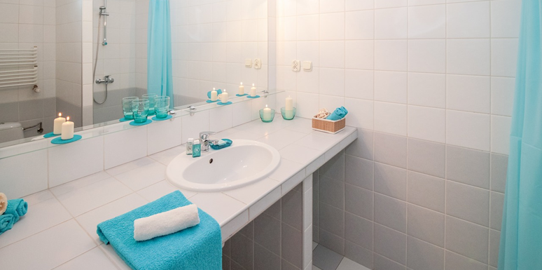 Refresh Your Bathroom's Look With These 4 Things